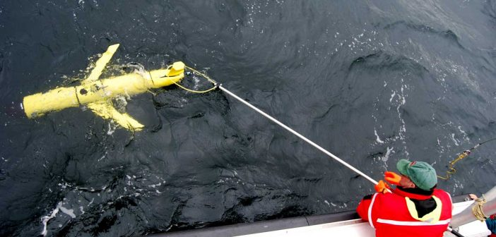 Slocum glider listens for North Atlantic right whales